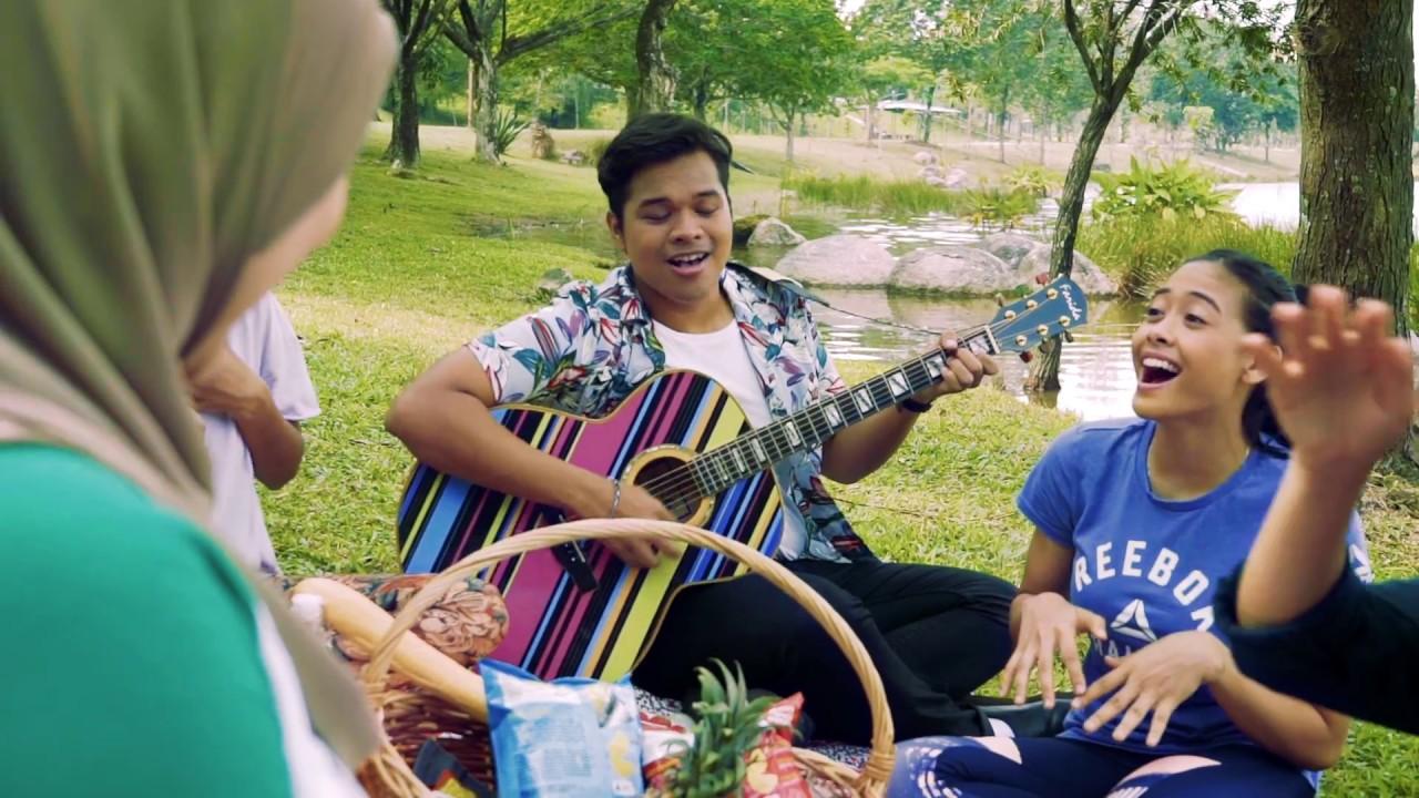 Hari-Hariku Song Lyrics - Aizat Amdan feat Intan Serah & Annabel Michael 1