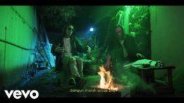 Lirik Lagu Bebas - Benzooloo & Jonathan Tse